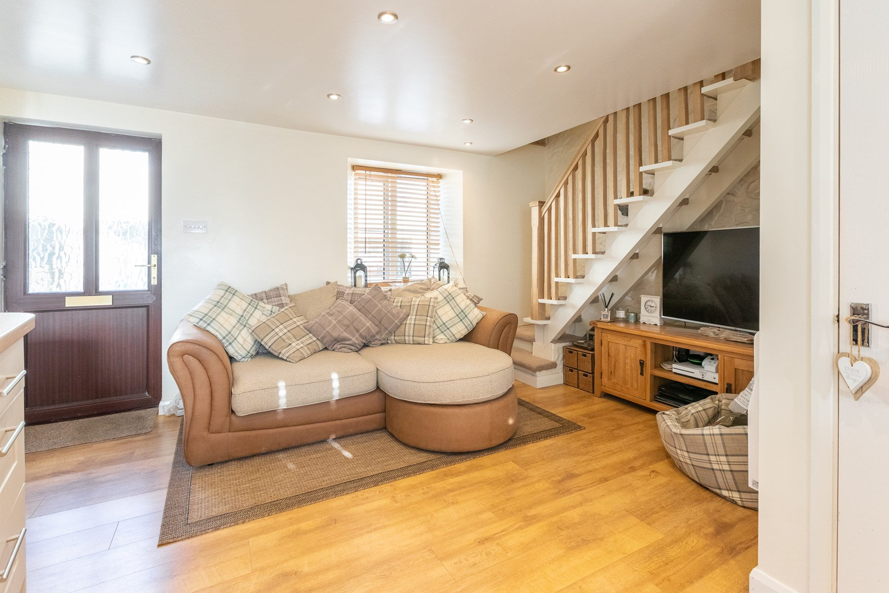 Cosy Cottage - Guernsey Property - Livingroom Guernsey ...